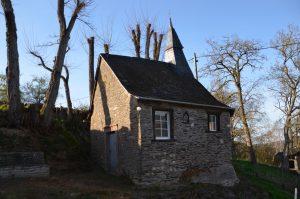 Sicht auf die Felsenkapelle von Naurath/Wald-Hochwald-Nationalparkregion