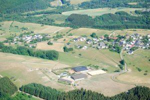 Schöne Sicht auf Naurath/Wald-Hochwald-Nationalparkregion- Luftbild
